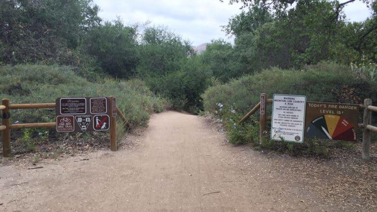 Borrego Canyon Trail trailhead