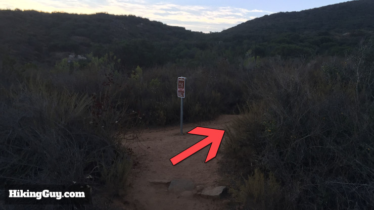 right turn on Cowles Mountain hike
